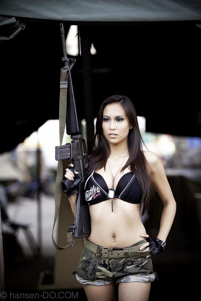 Porn free bikini women guns drive