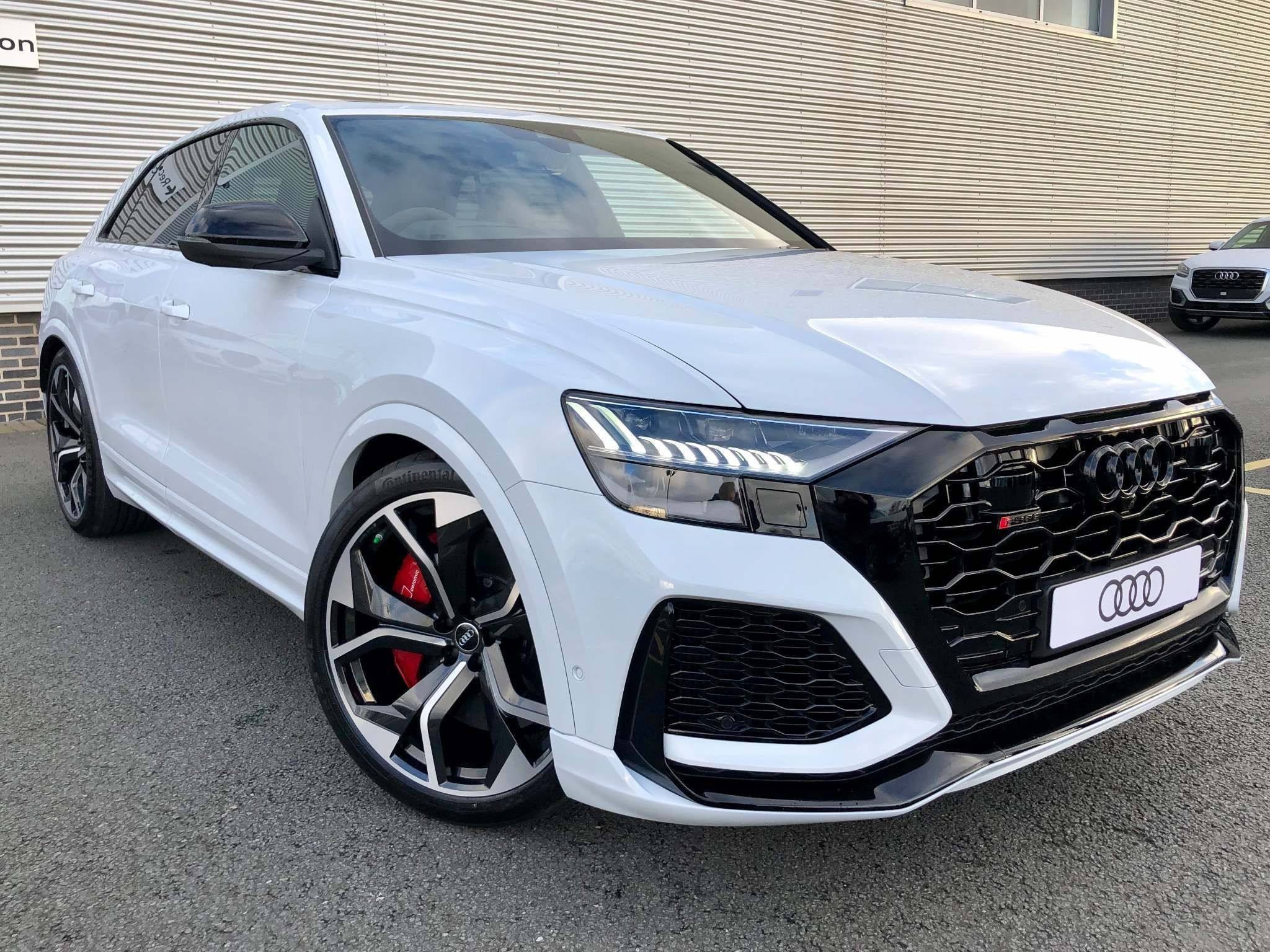 Audi Rsq8 4 0 Tfsi V8 Tiptronic Quattro S S 5dr For Sale In 2020 Audi Car Dealership Used Audi