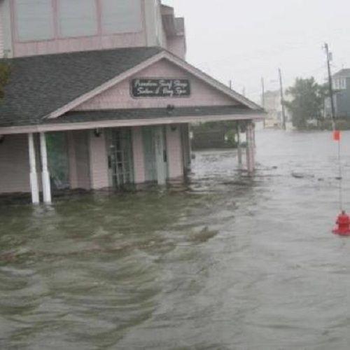Sandy S Storm Surge Pounds Into Jersey Shore Towns Long Beach Island Storm Surge Jersey Shore