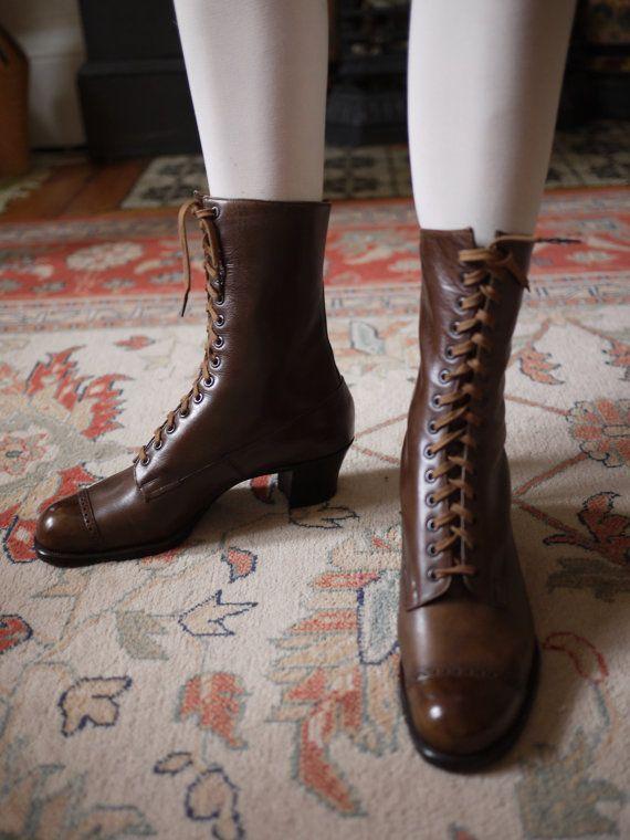 Vintage Antique Ladies 1910s Edwardian Leather Lace up boots brogues 6.5