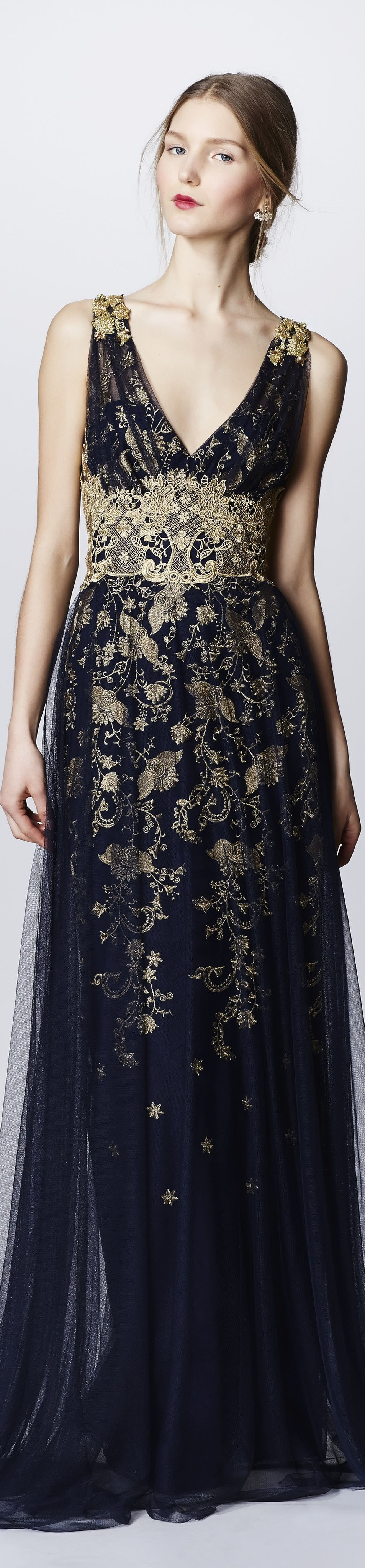 Marchesa Notte fall 2016 RTW vogue                                                                                                                                                      More