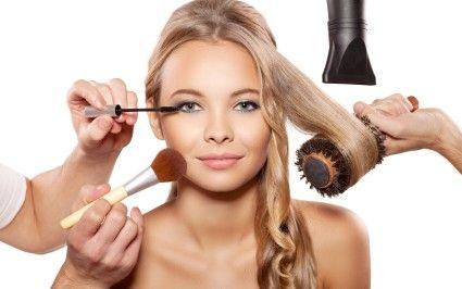 Me especialicé en Maquillaje Profesional y Artístico así como en Alto Peinado