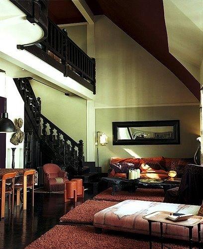 stair railing/ area rug arrangement