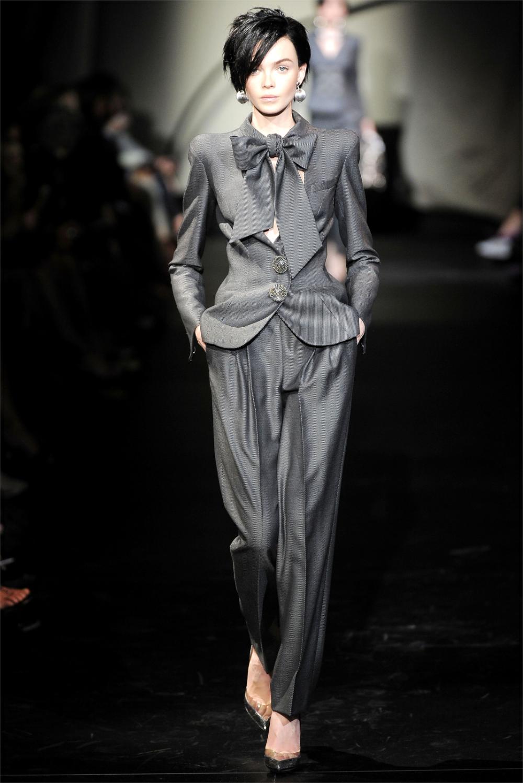 Sfilata Armani Privé Parigi – Alta Moda Autunno Inverno 2009/2010 – Vogue