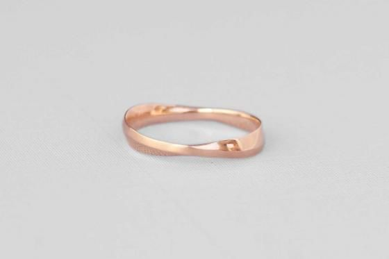 Nontraditional Wedding Rings For Bay Area Couples 7x7 Non Traditional Wedding Ring Wedding Rings Rings