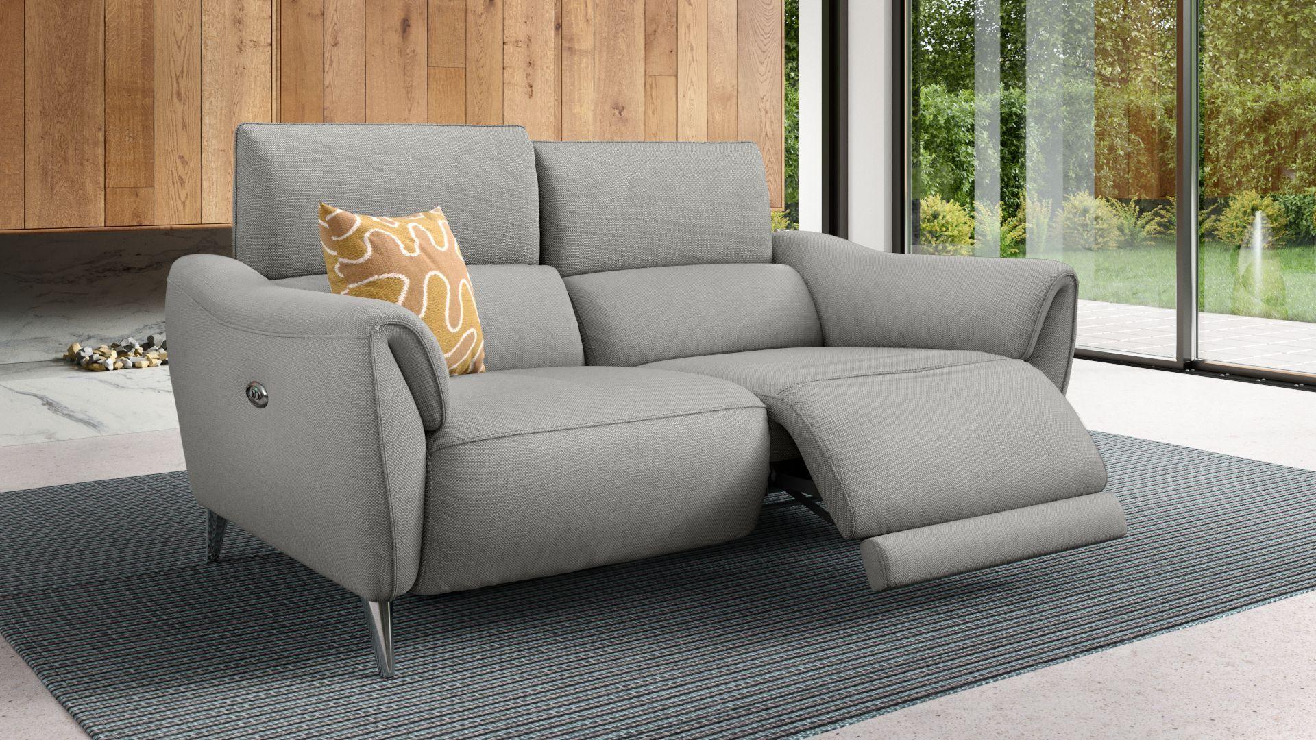 Details Elektrische Relaxfunktion Per Knopfdruck An Beiden Sitzen Stufenweise Verstellbare Kopflehnen Eingebauter Usb Ans Sofa Design Power Reclining Sofa Sofa