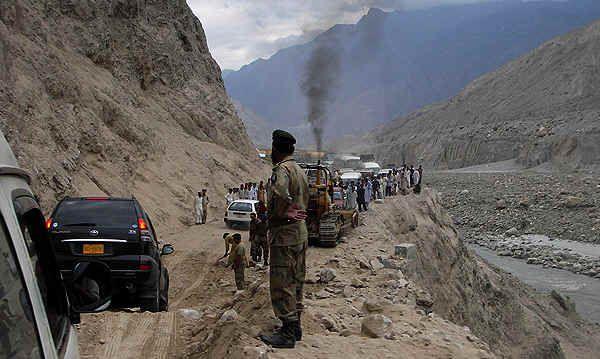 Pakistan//Retour Islamabad par la karakoram Highway