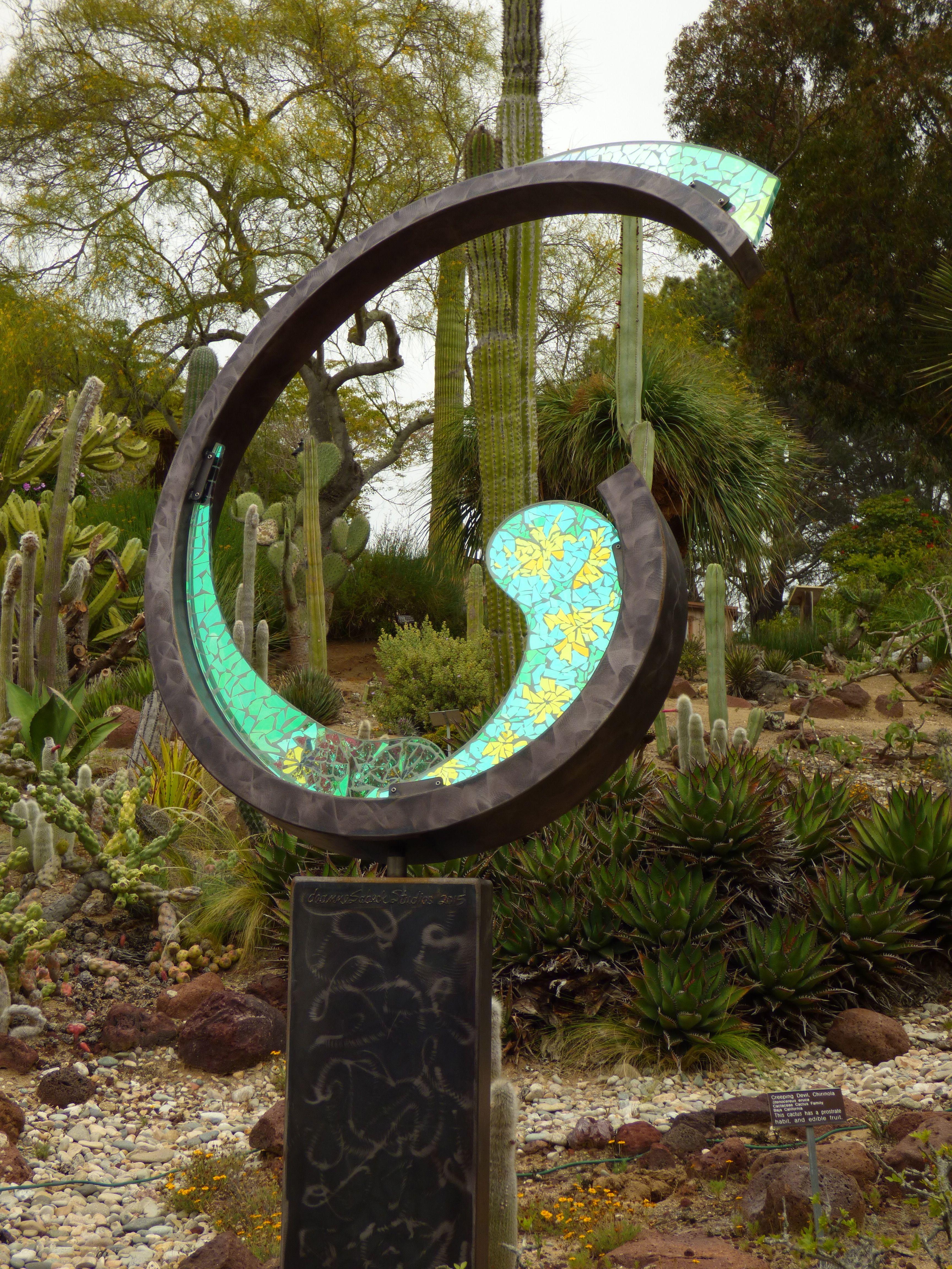 Sculpture by Deanne Sabeck in the New World Garden, San Diego ...