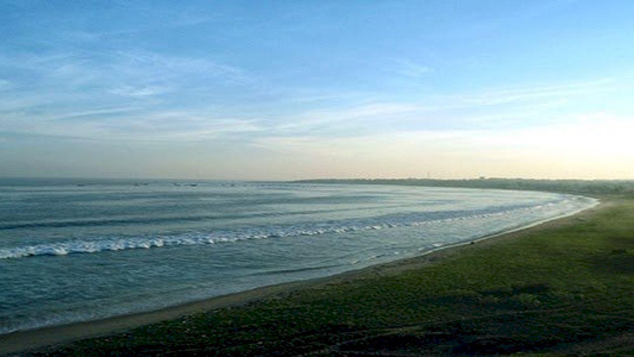 أكبر خليج في العالم World Outdoor Beach