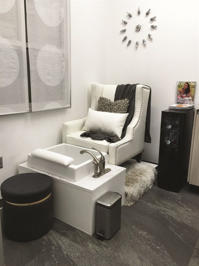 Home Spa Design Ideas: Salon Suite Design At Cosmic Nails