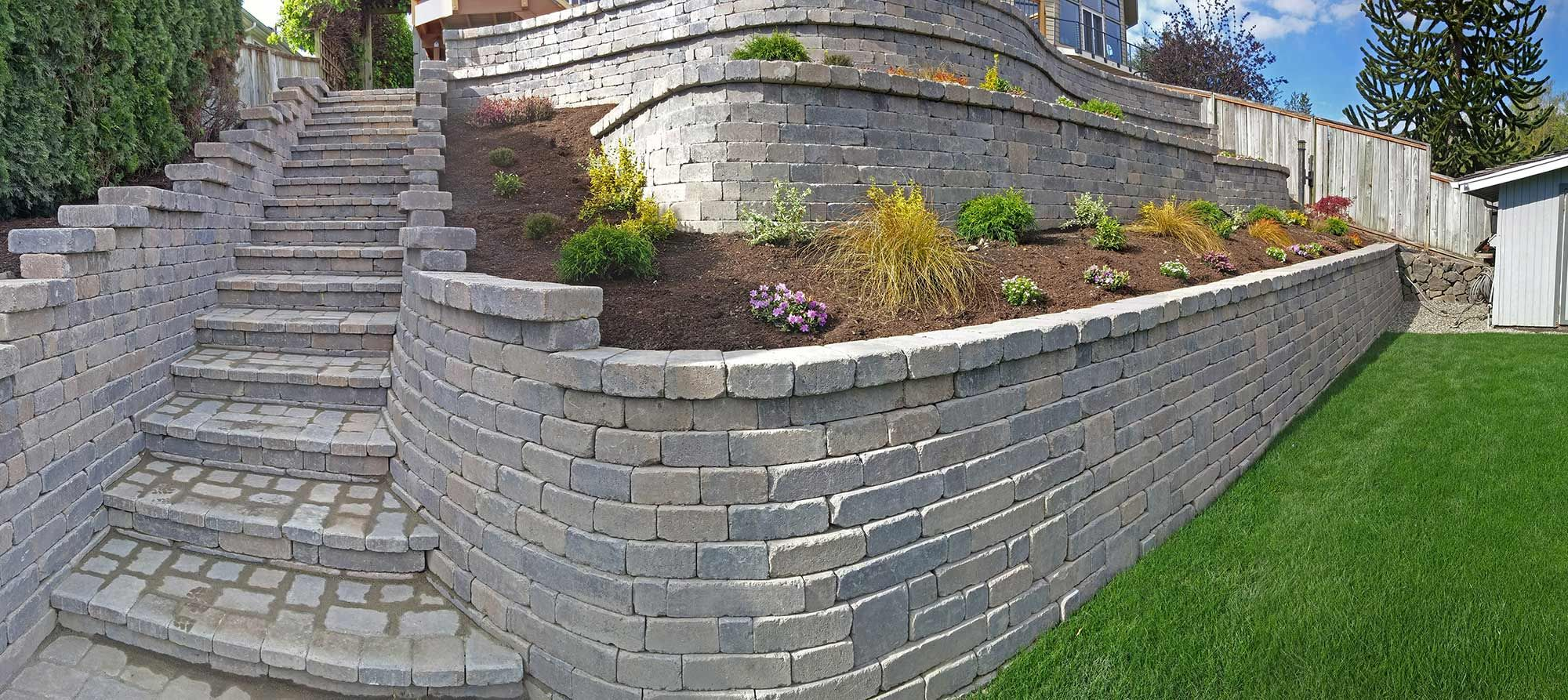 Tiered Retaining Wall On Lake Lawrence Near Yelm Landscaping Retaining Walls Retaining Wall Landscape Services