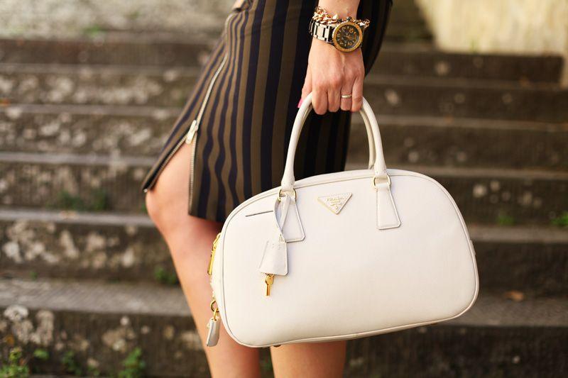 White Prada bag | Fashion bag | Cool bag  www.ireneccloset.com