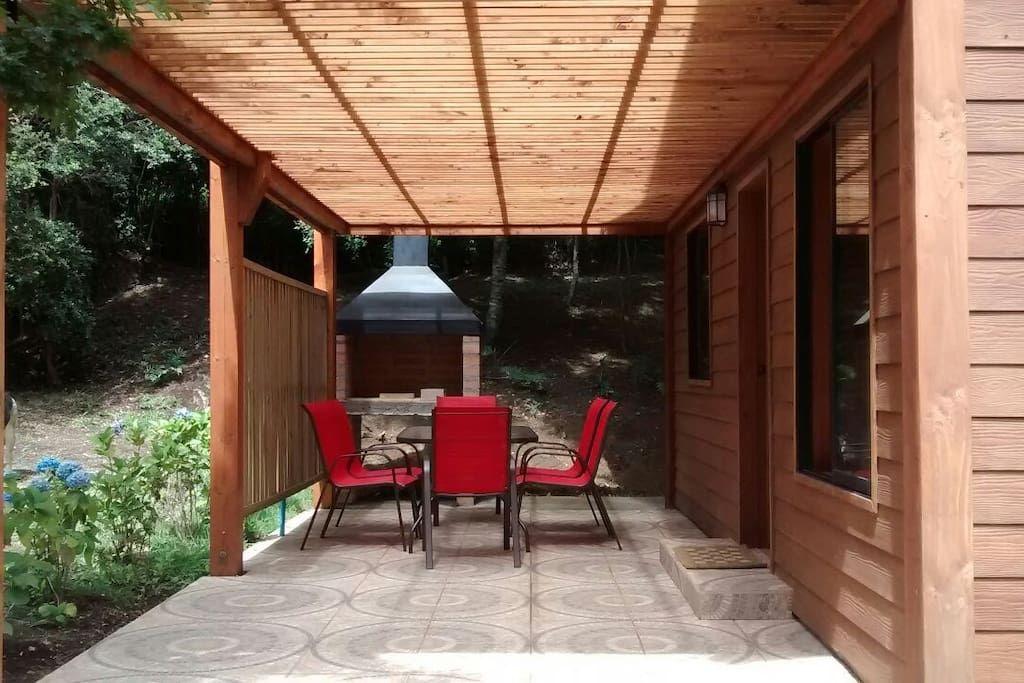 Terraza techada con barbacoa arriendos chile - Terraza con barbacoa ...