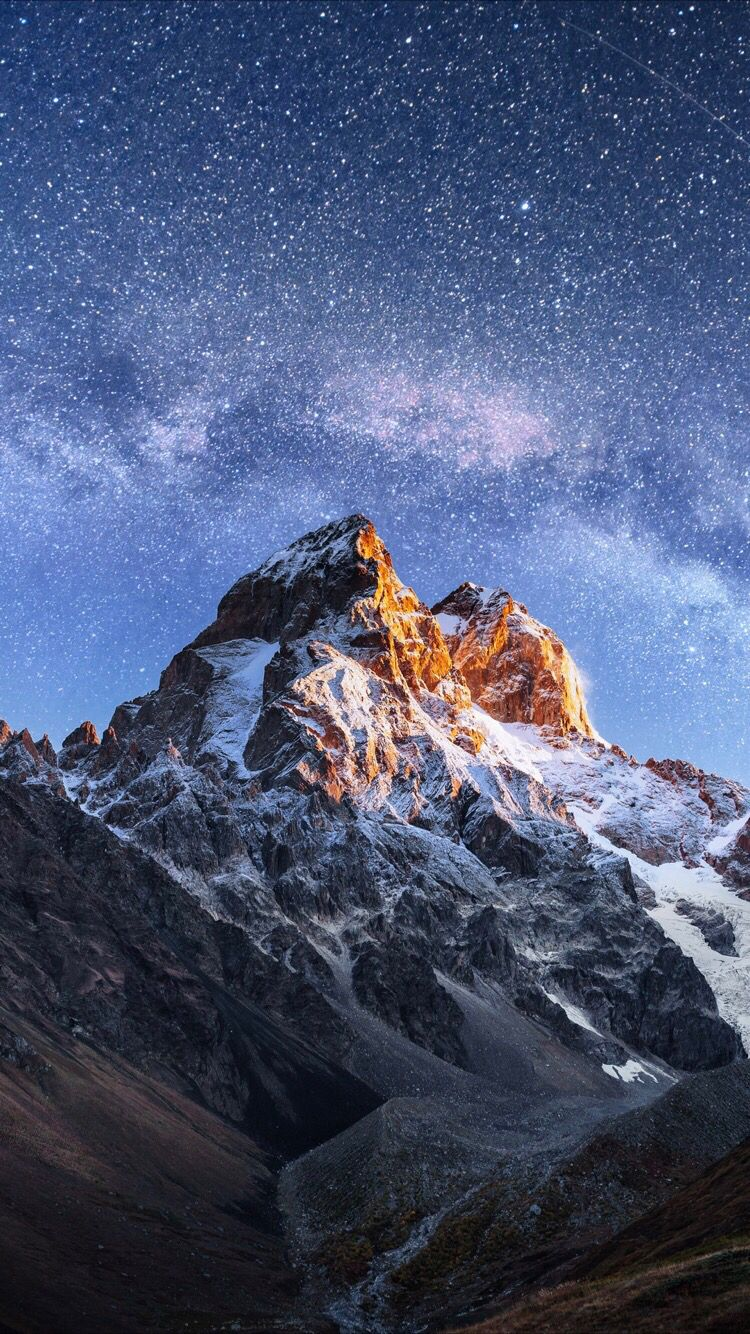 Mountain Wallpaper For Your Iphone Xs From Everpix In 2019