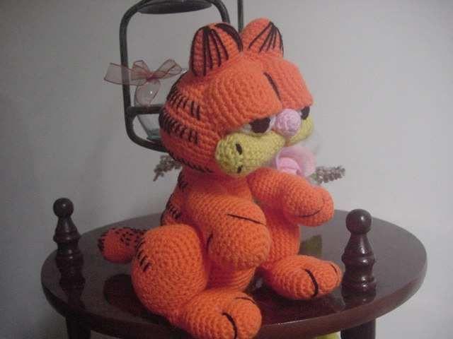 Patron Minion Amigurumi : Gardfield sentado * patrón amigurumi crochet and crochet cats