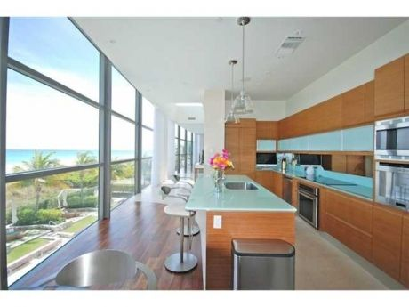 Oceanfront Loft Style Residence For Sale In Miami Beach
