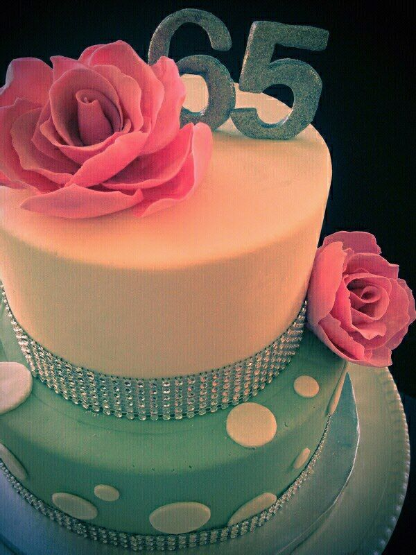 65th Rose S Birthday Cake 65 Birthday Cake Birthday Cake For