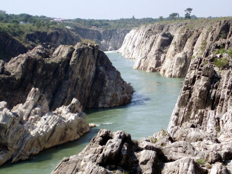 Marble Rocks In India Very Close To Where I Lived In Japalpur Mp The River Has Carved The Soft Marble Creating A Mystical Places Natural Wonders Nature