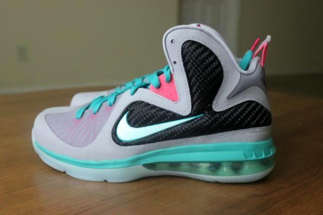 aa9faaebd2f5 Nike LeBron 9 Kids GS Miami Vice