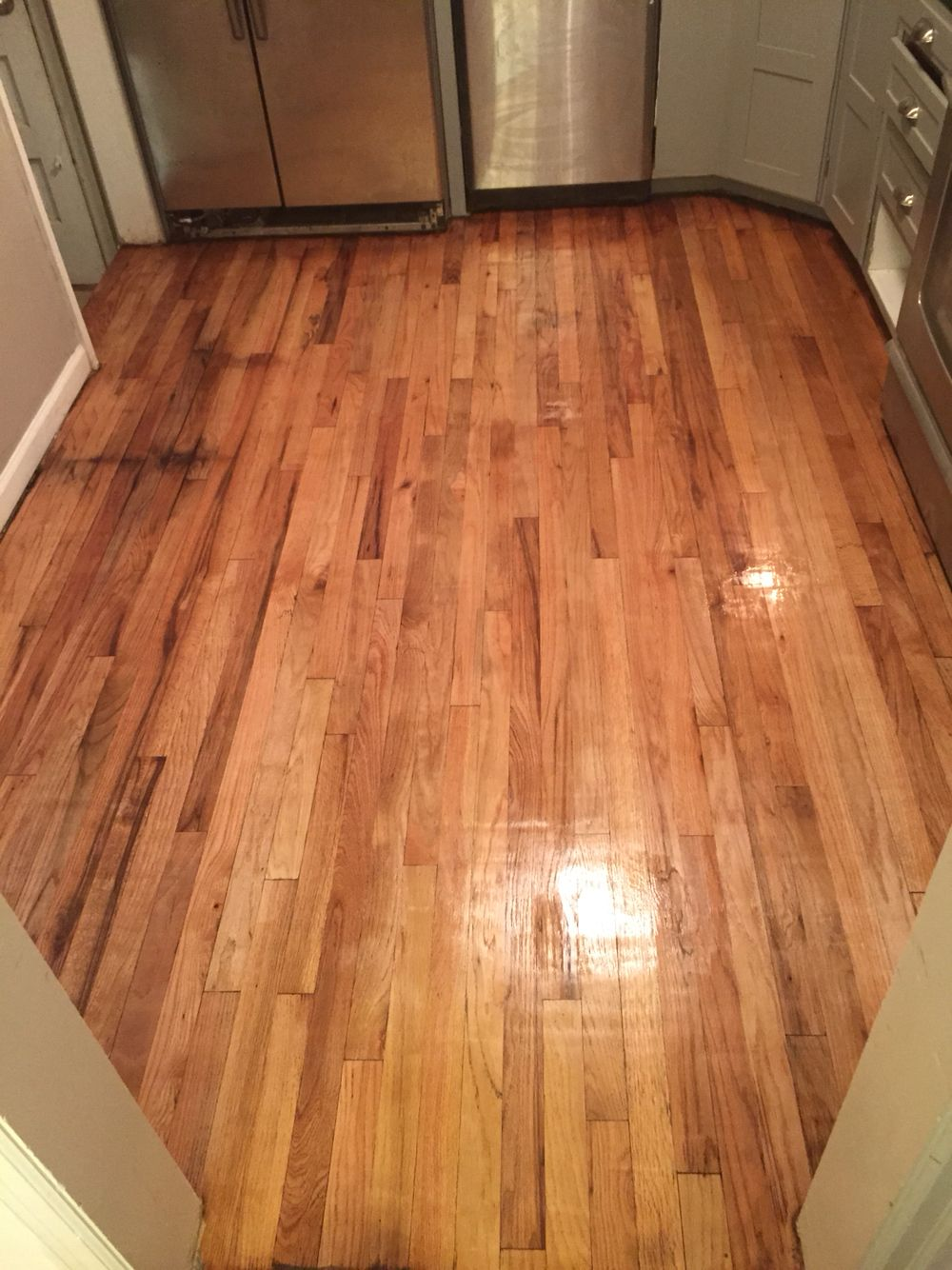 Refinished Red Oak Hard Wood Floors Found Under Vinyl Flooring In Our 1940 S Home Hardwood Floors Best Flooring White Oak Floors