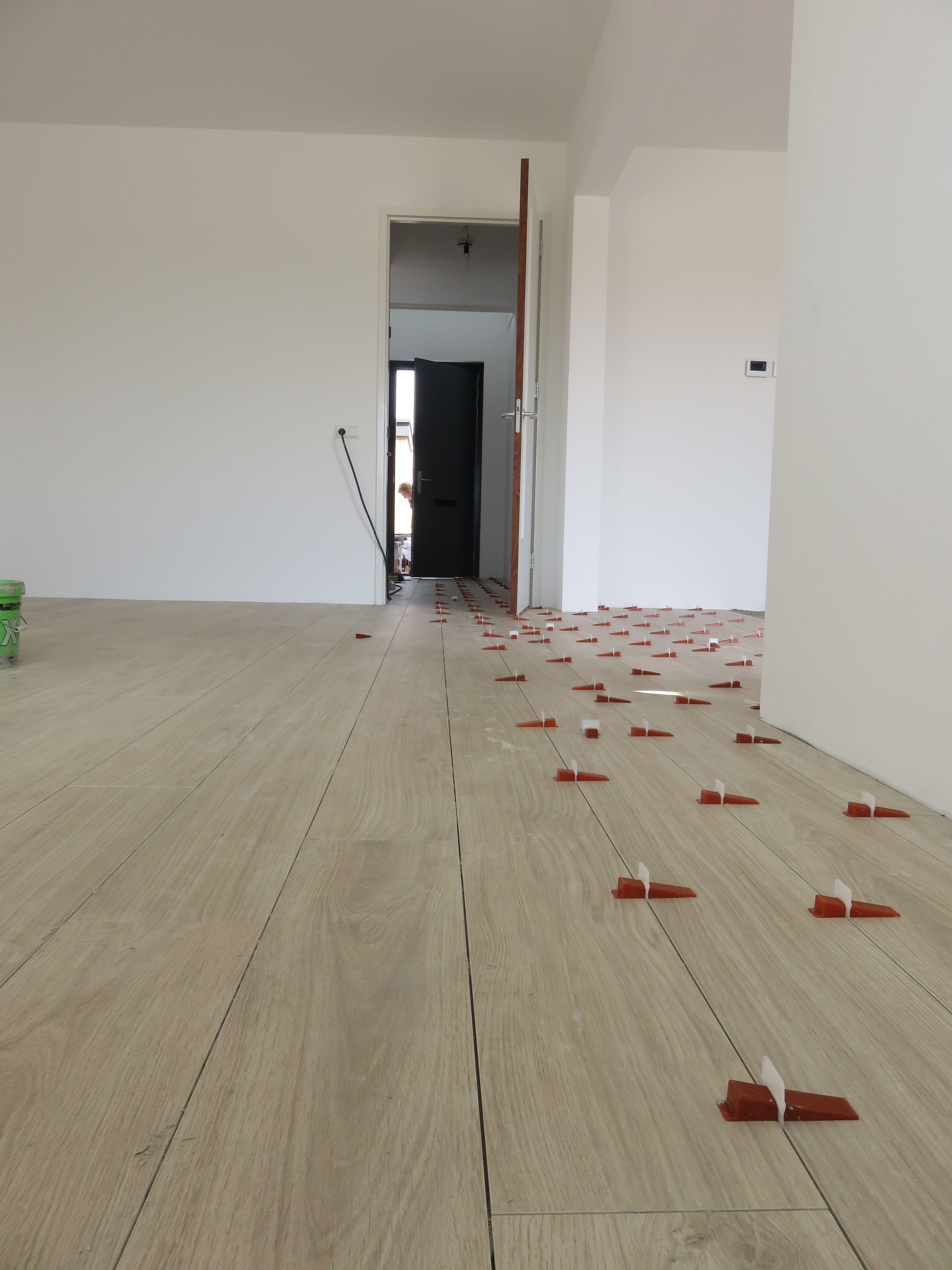 Houtlook tegels Lea slimtech woodstock cream wood 20x200 cm dunne ...