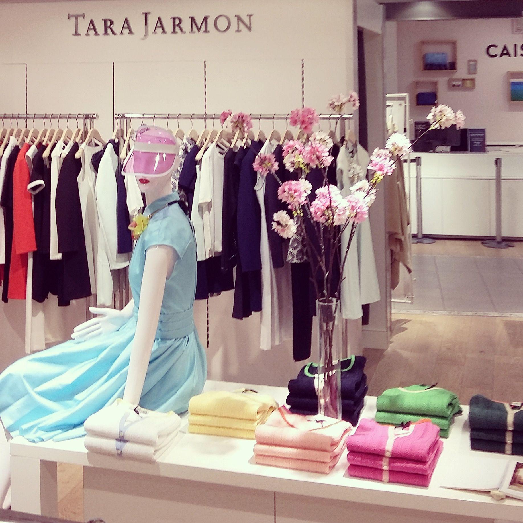 new shop tara jarmon in le bhv marais store 36 rue de la verrerie 75004 paris france. Black Bedroom Furniture Sets. Home Design Ideas