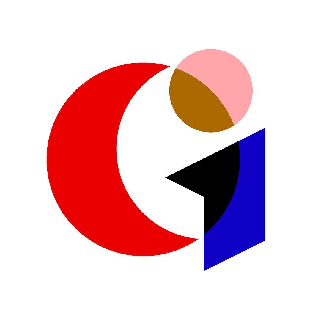 "Alec Tear on Instagram: ""Getting minimal 🎨 #36days_g #36daysoftype ~ #typography #minimal #simple typeface #typedesign #type #logotype #logo #graphicdesign #design…"""