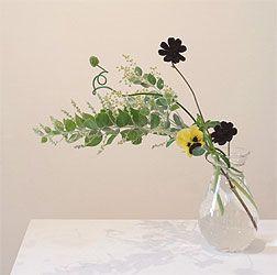 nichi : nichi  * handmade glass vase with pretty pansy and wattle flowers
