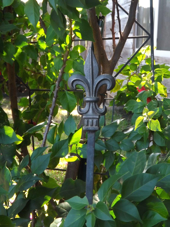 Garden stake/Cast Iron Garden Stake/Garden Decor/Rustic Garden ...