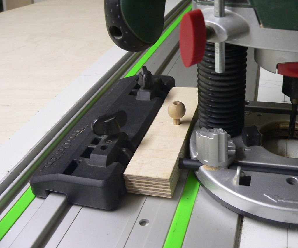 System 32 Hole Line Adapter Diy router table, Festool