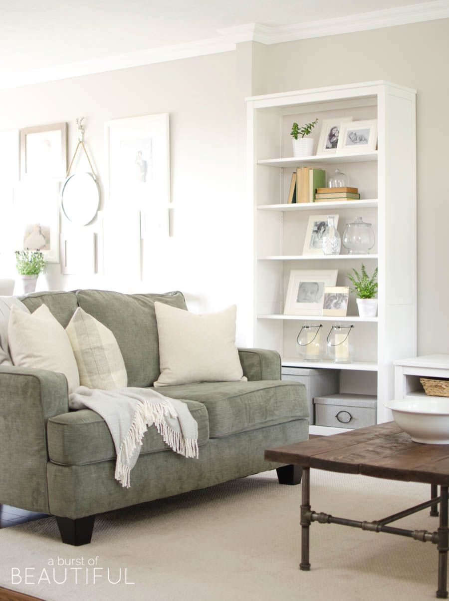 40 Awesome Minimalist Living Room Decor Ideas Green Couch Living Room Green Sofa Living Room Couches Living Room Living room couch ideas