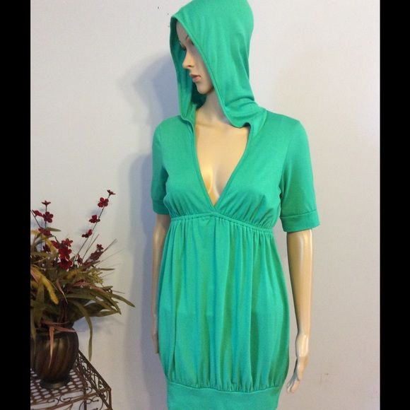 """Romeo & Juliet Couture Tunic Top Soft top or dress...wear it either way! Layer with long sleeves and legging for fall....like new with no flaws. Dark sea foam green and tshirt type material. Shoulder to hem approximately 31"""" Romeo & Juliet Couture Tops Tunics"""