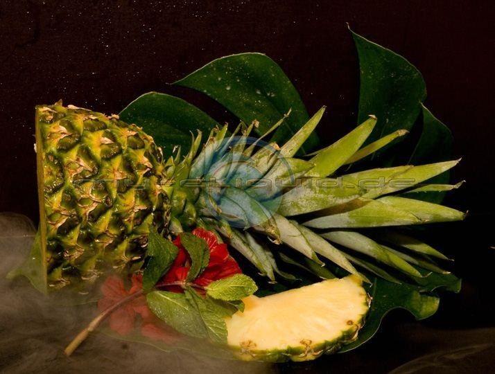 Ananas eLiquid → →  Exotisch fruchtiger Geschmack einer süßen Ananas und eine leicht saure Note machen das Ananas e-Liquid zu einem Top Dampferlebnis und einem kurzen Kopfurlaub. ►►  Inhalt des Ananas Liquids: Aroma, rein pflanzliches Glycerin (VG) E422 (DAB), E1520 (Ph. Eur.), Propylenglycol (PG), auf nach Wahl auch mit Nikotin möglich. ◄◄  Bestellung des Ananas Liquids für eZigaretten auch nikotinfrei möglich.