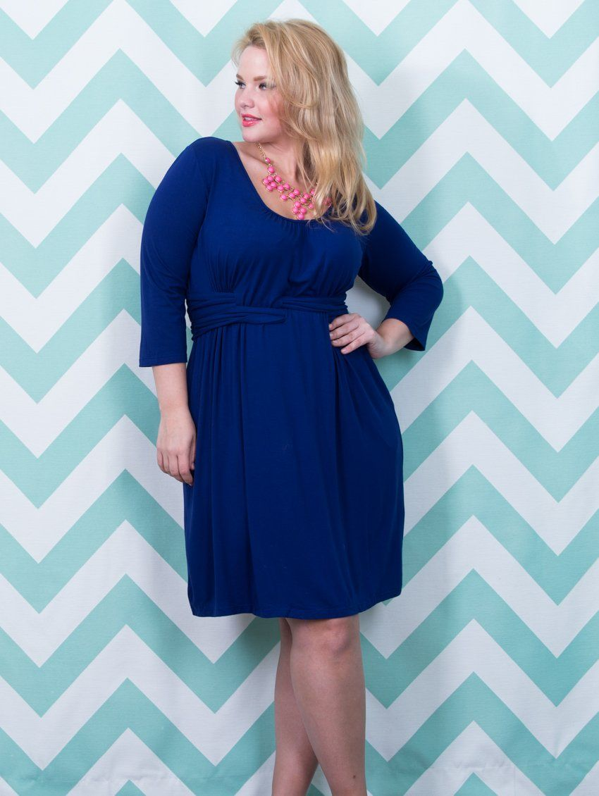 GORGEOUS plus size work-wear dress for summer! Breathable rayon-knit ...