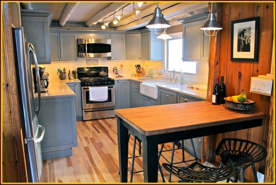 5 Reasons To Choose Rustic Cabin Kitchens : Modern Rustic Kitchen Design  With Gray U Shaped