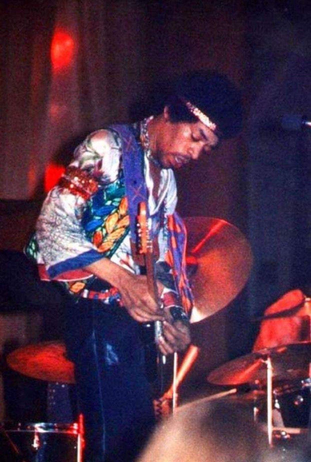 Pin By Laura On Jimi Hendrix Jimi Hendrix Experience Jimi Hendrix Hendrix