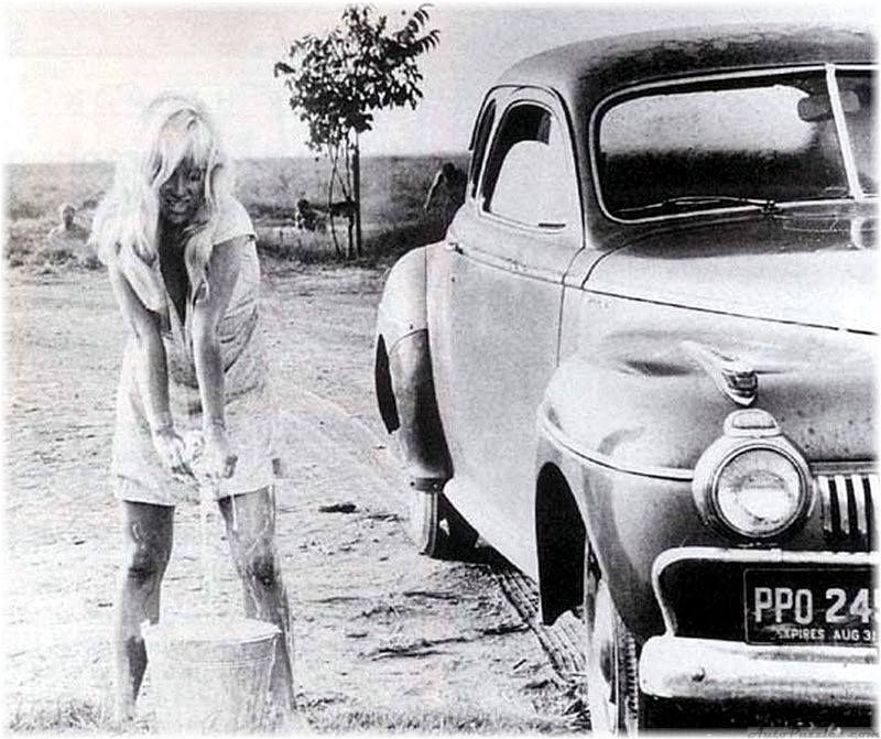 DeSoto car wash Cool hand luke, Car wash girls, Hits movie