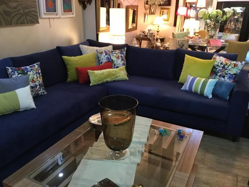 Canapé – canapé bleu – salon moderne L – coussins – Dar ...