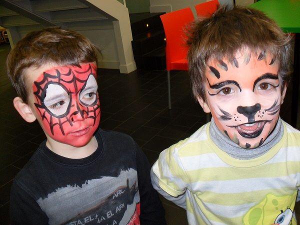 Spiderman y tigre