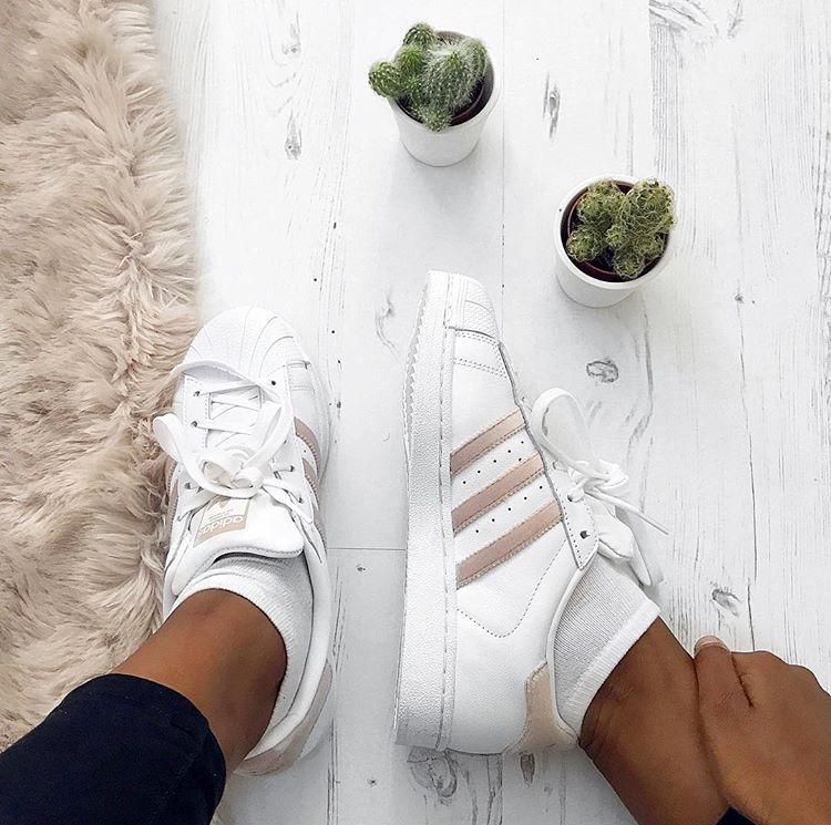 Adidas superstar velour pack