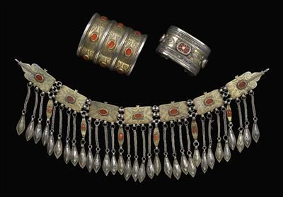 A mixed lot (3 pieces): Afghanistan: 3 jewellery pieces of the Turkmen and Kazakh. 1: A diadem of the Tekke Turkmen, made of 7 connected cha...