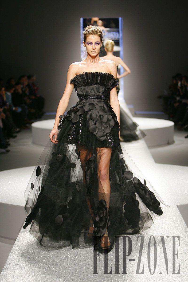 Georges Chakra Spring-summer 2009 - Couture - http://www.flip-zone.net/fashion/couture-1/fashion-houses/georges-chakra-857