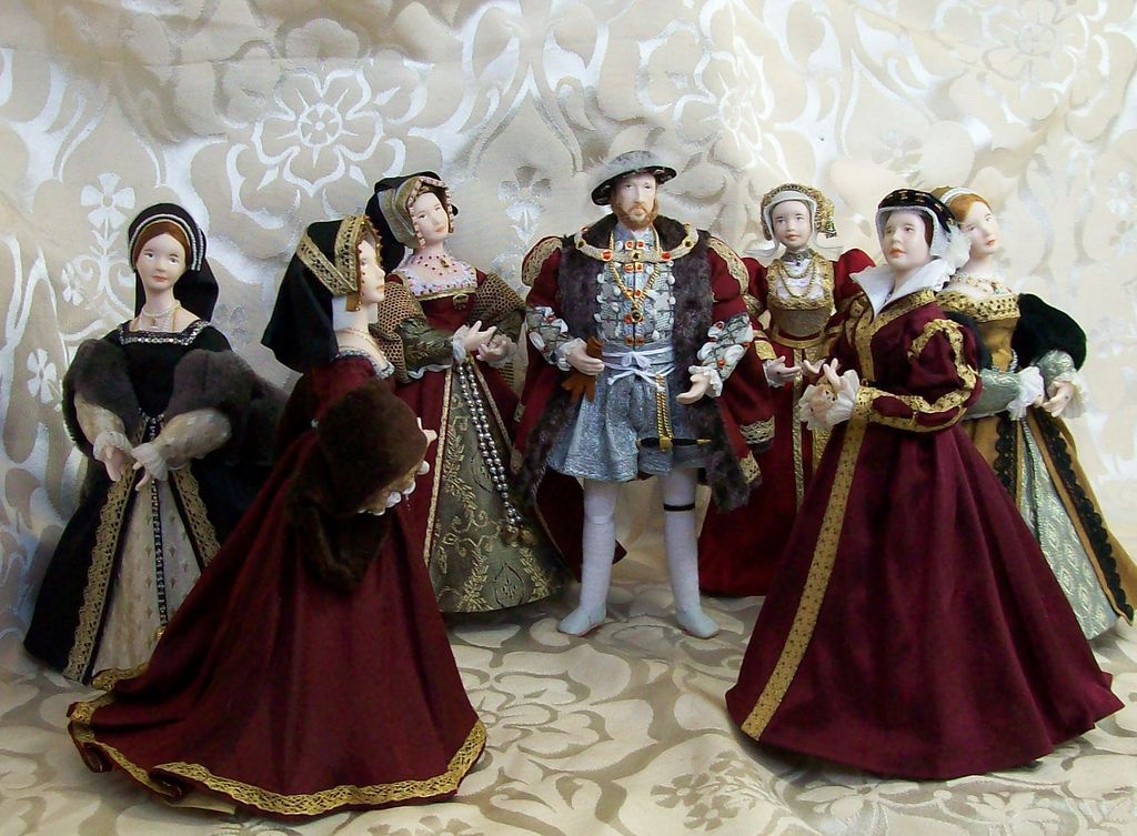 Photo of The Tudors, miniature dolls
