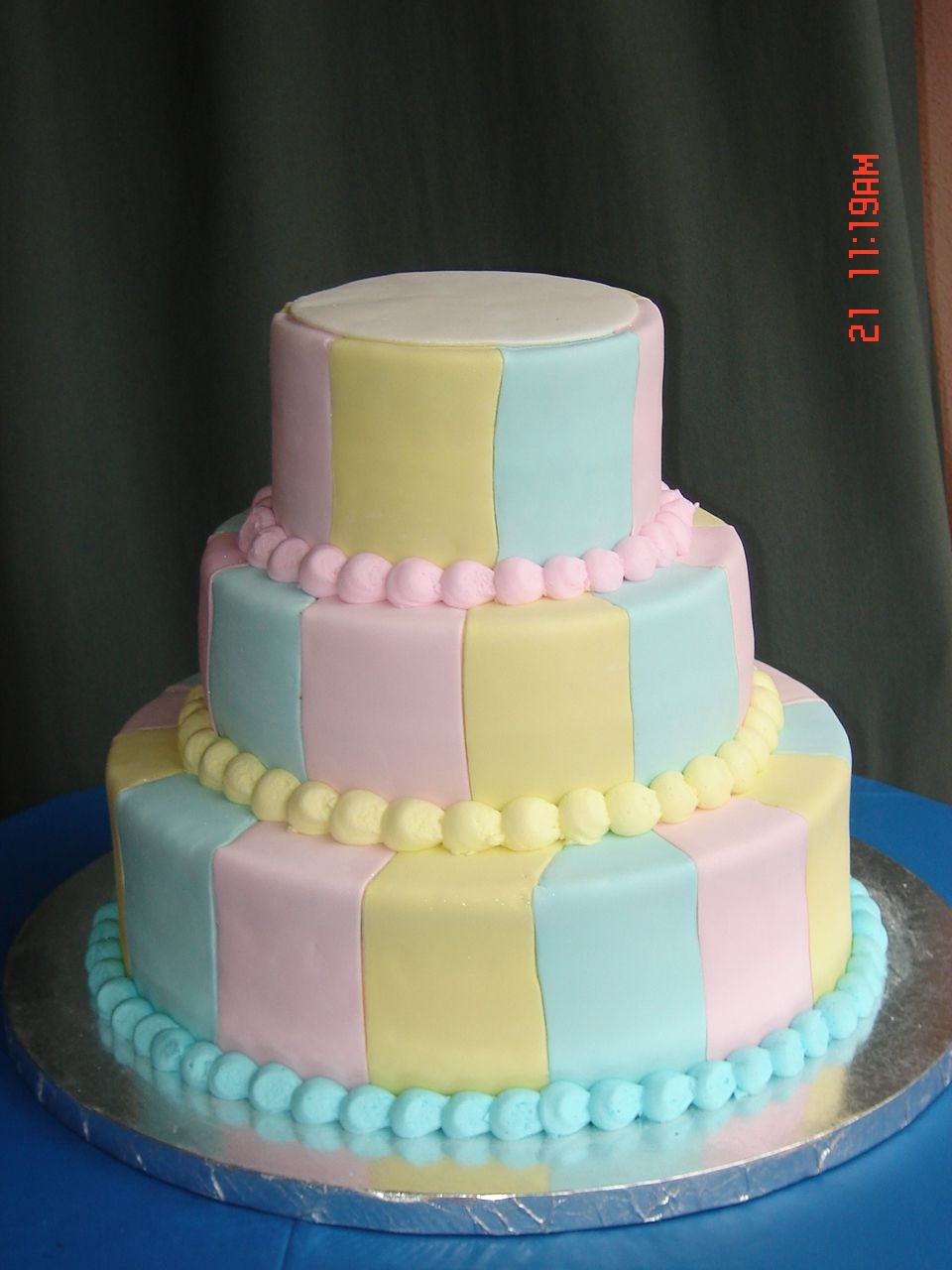 Simple Baby Shower Cake Designs   Baby Shower Stripes