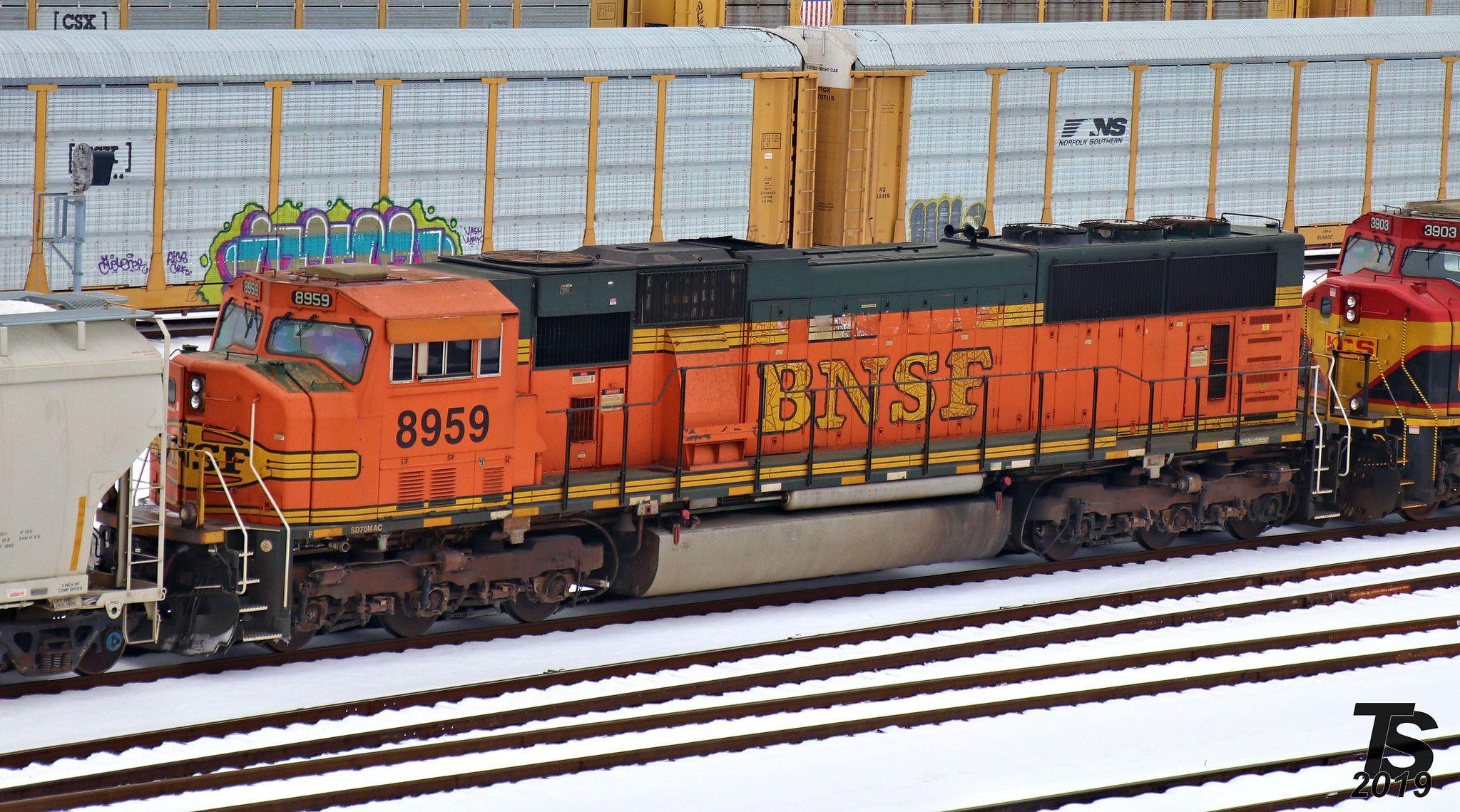 Bnsf 8959 sd70mac burlington northern train santa fe