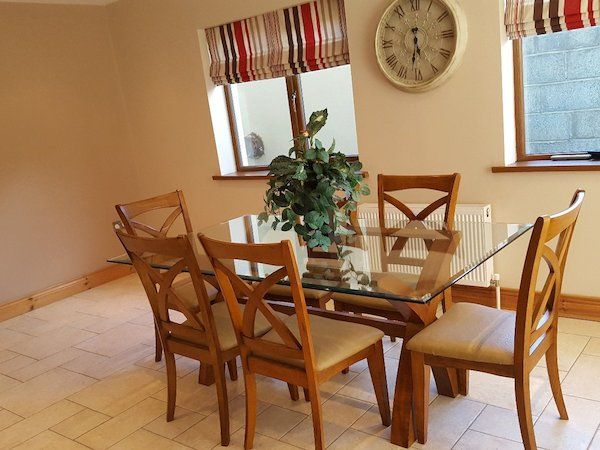 Table And Chairs House Diy For Sale In Ireland Donedeal Ie