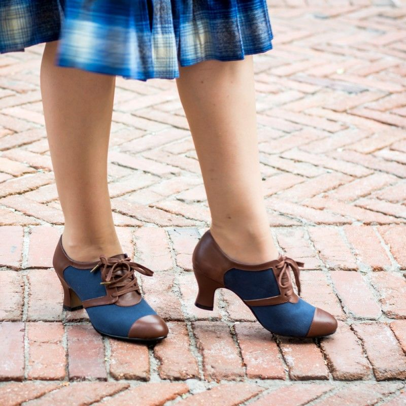 Evelyn Retro Oxfords Tan Brown In 2020 Vintage Inspired Shoes Brown Shoes Outfit Navy And Brown