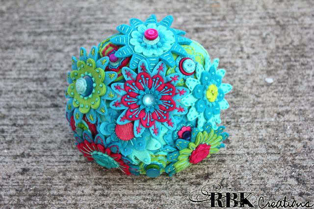 Bridesmaid Felt Button Bouquet by rbkcreations, via Flickr