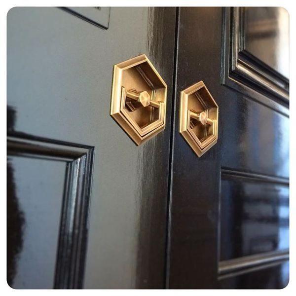 Amazing Flush Pulls In High Gloss Paint Doors Mediumburnishedantique Wilmettefeed Door Handles Painted Doors Bathroom Door Handles