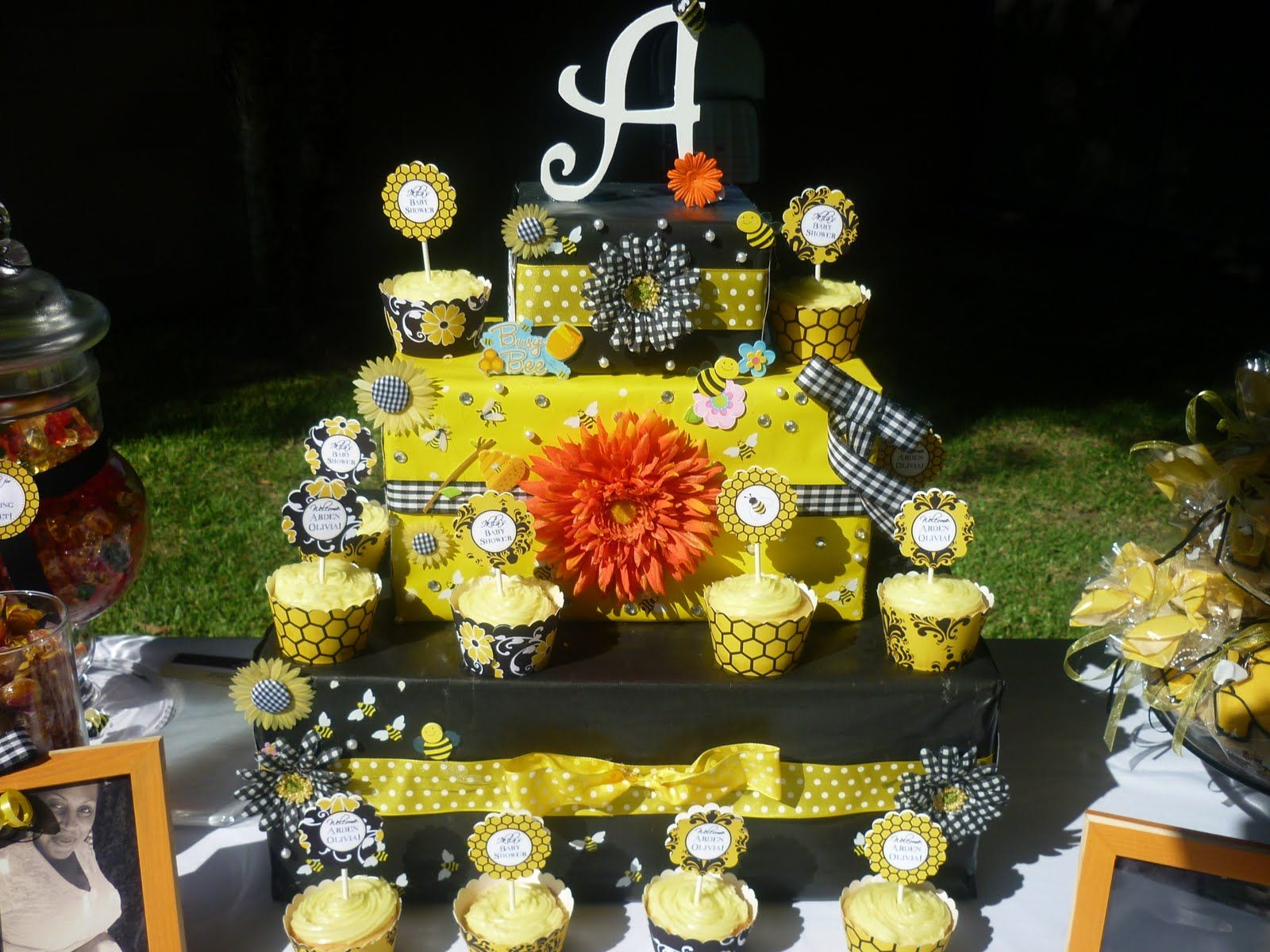 Baby Shower Con Ape · Bumble Bee Party Ideas Babies Littlebabypictures